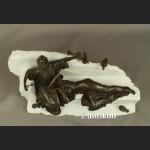 Kominkowa rzeźba dwie kobiety urocze ptaszki brąz i marmur