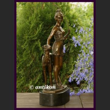 Diana i chart piękna rzeźba Art Deco sygnowany brąz myślistwo łowiectwo