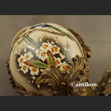 Wazon porcelanowy z ptakami jaskółki