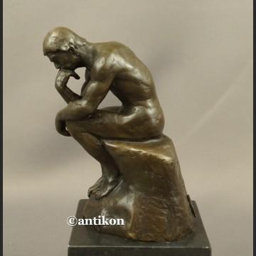 Rzeźba z brązu Myśliciel A. Rodin klasyka